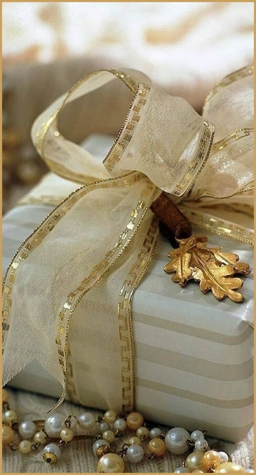 GIFT CARDS GIFT CARD gold
